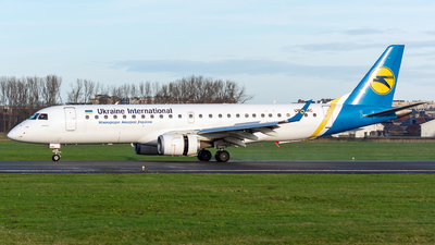 A picture of UREMC - Embraer E190LR - Ukraine Int. Airlines - © Asomers