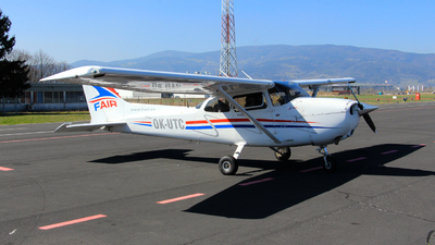 OK-UTC - Cessna 172S Skyhawk - F-Air Flight School