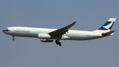 B-LAC - Airbus A330-342 - Cathay Pacific Airways