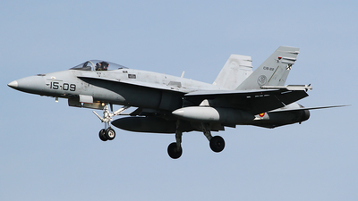 C.15-22 - McDonnell Douglas EF-18M Hornet - Spain - Air Force