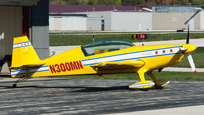 N300MN - Extra 300L - Private