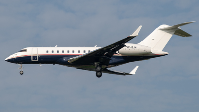 VP-BJN - Bombardier BD-700-1A11 Global 5000 - Jet Aviation Business Jets