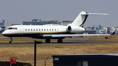 VH-SGA - Bombardier BD-700-1A10 Global Express XRS - Private