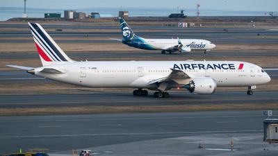 A picture of FHRBI - Boeing 7879 Dreamliner - Air France - © Aditya Saligrama