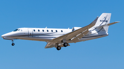 A picture of N422ML - Cessna 680 Citation Sovereign - [6800068] - © Ricky Teteris