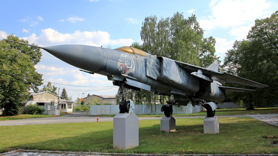 4644 - Mikoyan-Gurevich MiG-23ML Flogger G - Czech Republic - Air Force