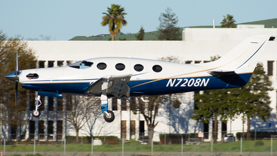 A picture of N7208N - Amateur Epic LT - [202] - © Taylor Kim