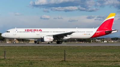 A picture of ECJRE - Airbus A321212 - Iberia - © Marco Zanatta