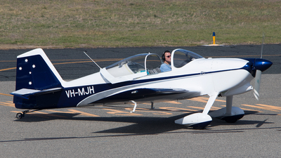 VH-MJH - Vans RV-6 - Private