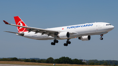 A picture of TCJOO - Airbus A330223F - Turkish Airlines - © Alexis Boidron
