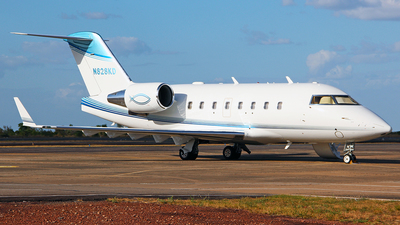 N828KD - Bombardier CL-600-2B16 Challenger 604 - Private