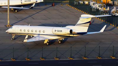 B-3239 - Gulfstream G550 - Private