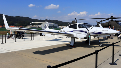 HL2046 - Diamond DA-42 NG Twin Star - Cheongju University