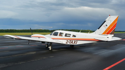 2-TAXI - Piper PA-34-200T Seneca II - Private