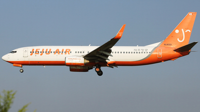 HL8033 - Boeing 737-8AL - Jeju Air