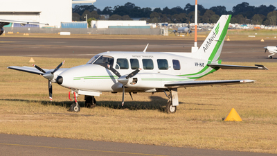 VH-HJE - Piper PA-31-350 Navajo Chieftain - Air Med