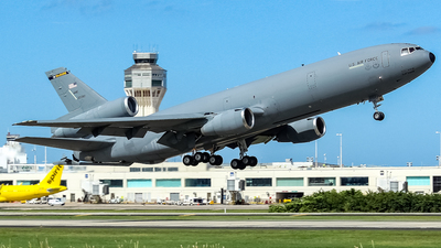 83-0082 - McDonnell Douglas KC-10A Extender - United States - US Air Force (USAF)