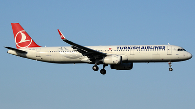 TC-JSG - Airbus A321-231 - Turkish Airlines