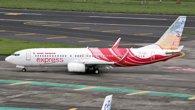 VT-AXN - Boeing 737-8HG - Air India Express