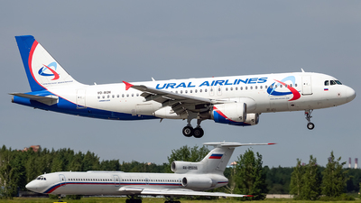 VQ-BQN - Airbus A320-214 - Ural Airlines