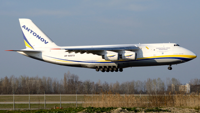 A picture of UR82073 - Antonov An124100 - Antonov Design Bureau - © Donato Bolelli