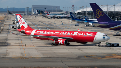 A picture of HSXTF - Airbus A330343 - AirAsia X - © 4Lory_