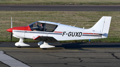 F-GUXD - Robin DR400/140B Dauphin - Air Europe Club
