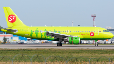 A picture of VPBHL - Airbus A319114 - S7 Airlines - © Addra Steddman