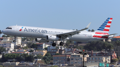 A picture of N150NN - Airbus A321231 - American Airlines - © Domi Einert