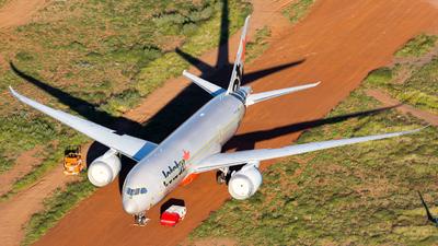 A picture of VHVKG - Boeing 7878 Dreamliner - Jetstar Airways - © Joel Baverstock