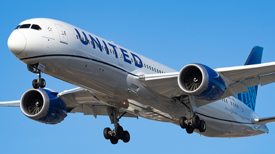 N25982 - Boeing 787-9 Dreamliner - United Airlines
