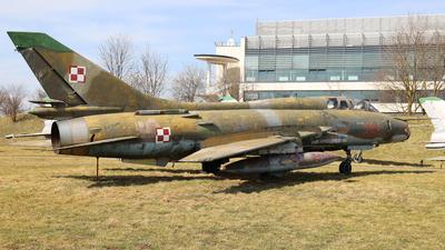 304 - Sukhoi Su-22UM3K Fitter G - Poland - Air Force