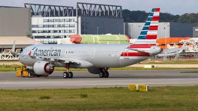 D-AZAN - Airbus A321-251NX - American Airlines