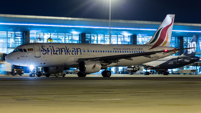 4R-ABK - Airbus A320-214 - SriLankan Airlines