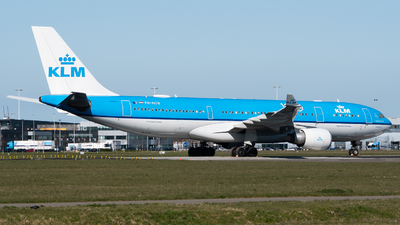 A picture of PHAOB - Airbus A330203 - KLM - © Wilko Doodhagen