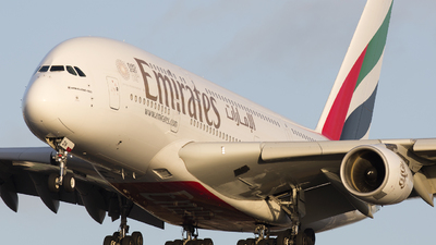A picture of A6EDN - Airbus A380861 - Emirates - © Akbarali Mastan