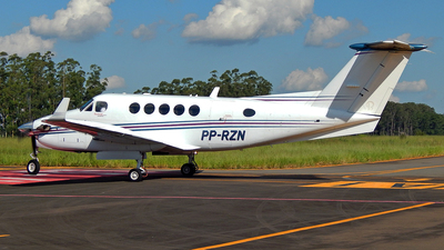 PP-RZN - Beechcraft B200GT Super King Air - Private