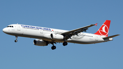 TC-JMK - Airbus A321-232 - Turkish Airlines