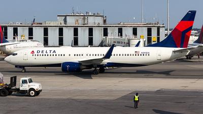N391DA - Boeing 737-832 - Delta Air Lines