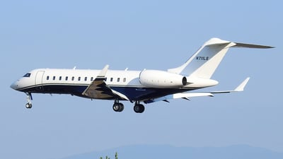 N711LS - Bombardier BD-700-1A10 Global 6000 - Private