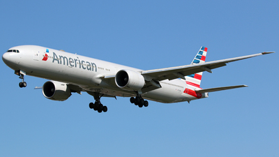 A picture of N719AN - Boeing 777323(ER) - American Airlines - © Ian Nightingale