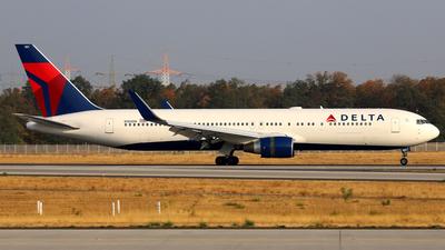 N180DN - Boeing 767-332(ER) - Delta Air Lines