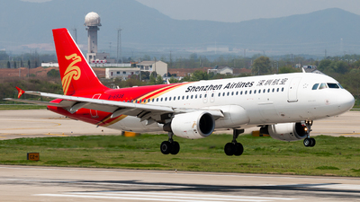 B-6938 - Airbus A320-214 - Shenzhen Airlines