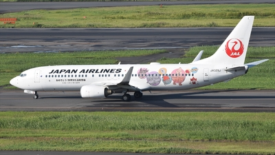 JA329J - Boeing 737-846 - Japan Airlines (JAL)