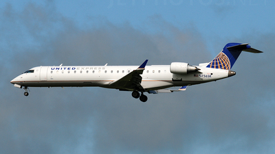 N756SK - Bombardier CRJ-701 - United Express (SkyWest Airlines)