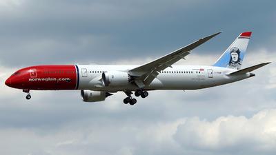 G-CKWF - Boeing 787-9 Dreamliner - Norwegian