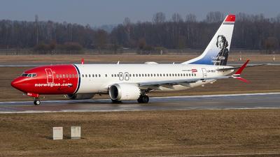 A picture of LNBKA - Boeing 737 MAX 8 - Norwegian - © Markus Schwab