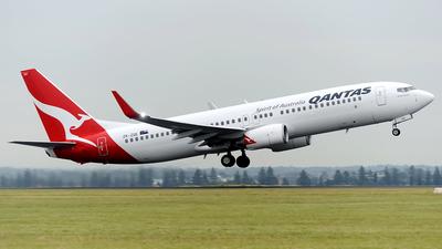 ZK-ZQE - Boeing 737-838 - Qantas (Jetconnect)
