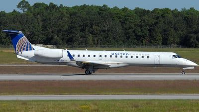 A picture of N14180 - Embraer ERJ145XR - United Airlines - © Jason Whitebird