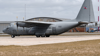 592 - Lockheed C-130B Hercules - Uruguay - Air Force
